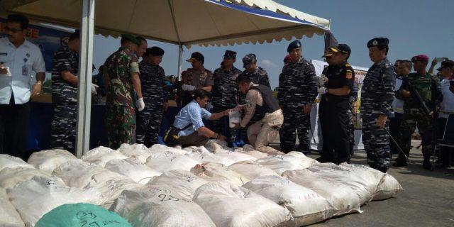 TNI AL Gagalkan Penyelundupan Sabu Lebih dari 1 Ton