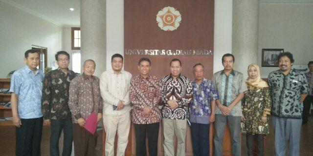 Bupati Meranti Gelar Pertemuan Dengan Rektor UGM Jogjakarta
