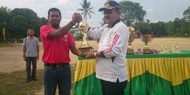 Bupati Karimun Resmi Membuka Turnamen Sepak Bola U-15