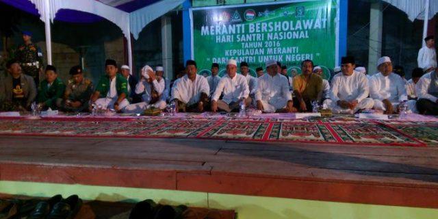Meranti Bersholawat ,Ribuan Santri Padati Taman Cik puan