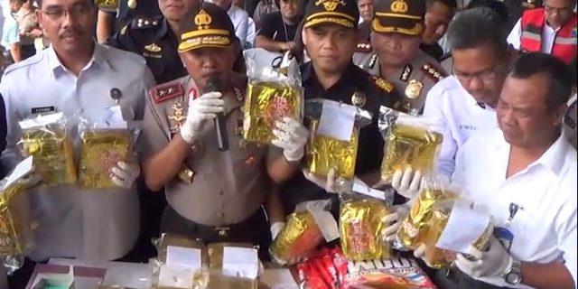 Satres Narkoba Polresta Barelang Gagalkan Penyelundupan Sabu dan Pil Ekstasi