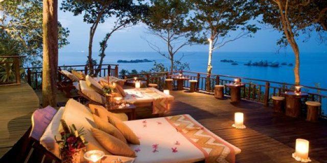 Pesona Pantai Kawasan Wisata Lagoi Bintan Kepri